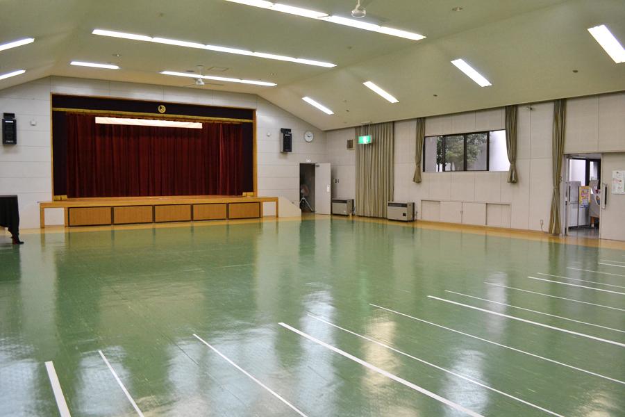 多目的ホール 施設・利用案内 明日の稲津を築くまちづくり推進協議会