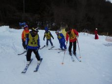 スキースノボー教室 行ってきました!