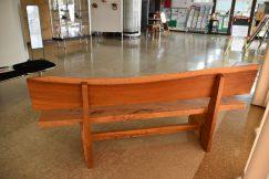 手づくりベンチをいただきました。